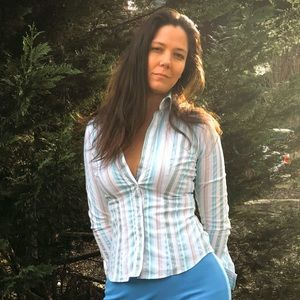 New York & Company stretch bottom strapped shirt.